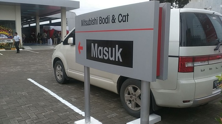 Mitsubishi Body & Cat