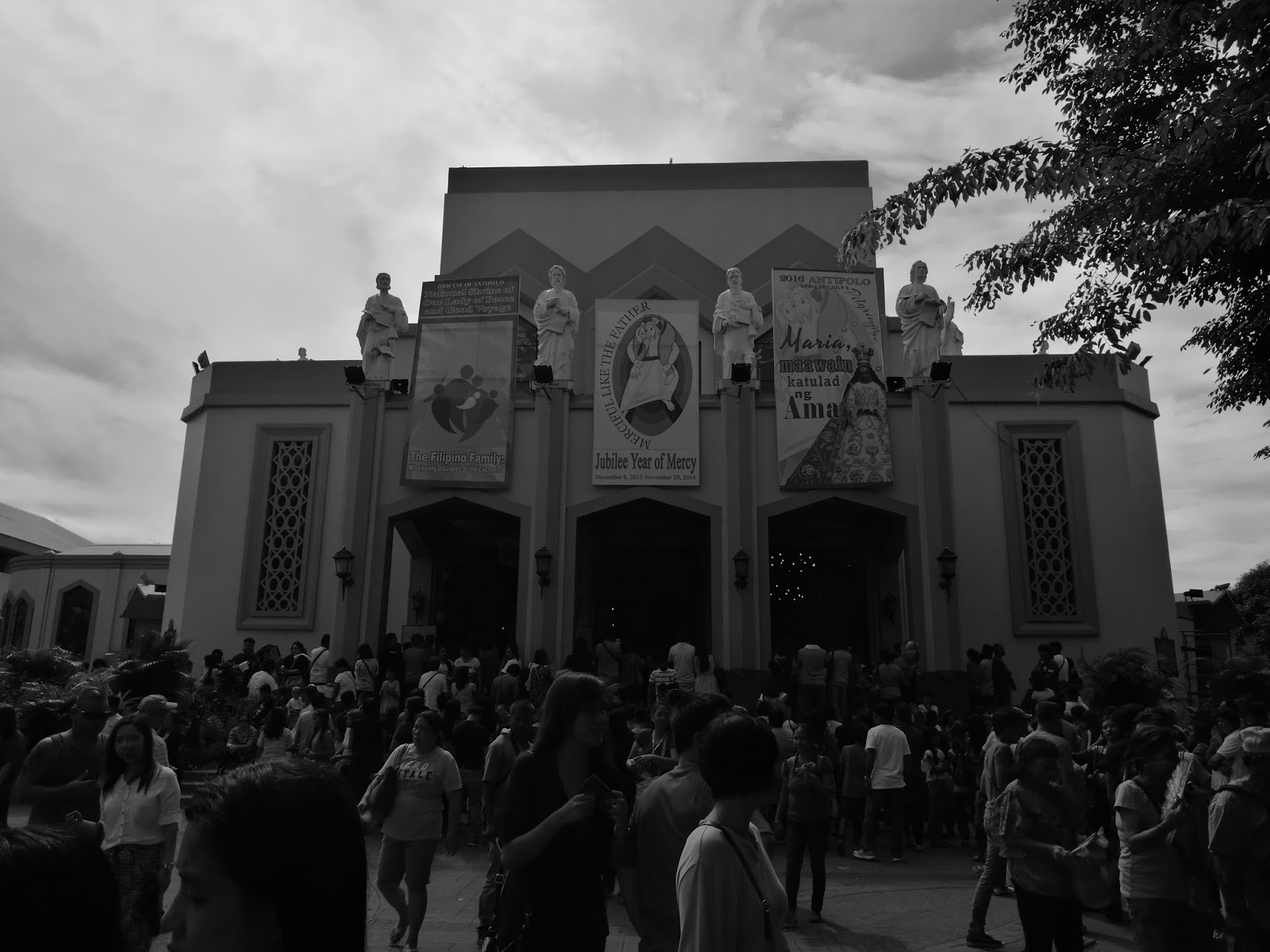 Huawei P9 Sample Camera Shot - Antipolo Cathedral in Monochrome