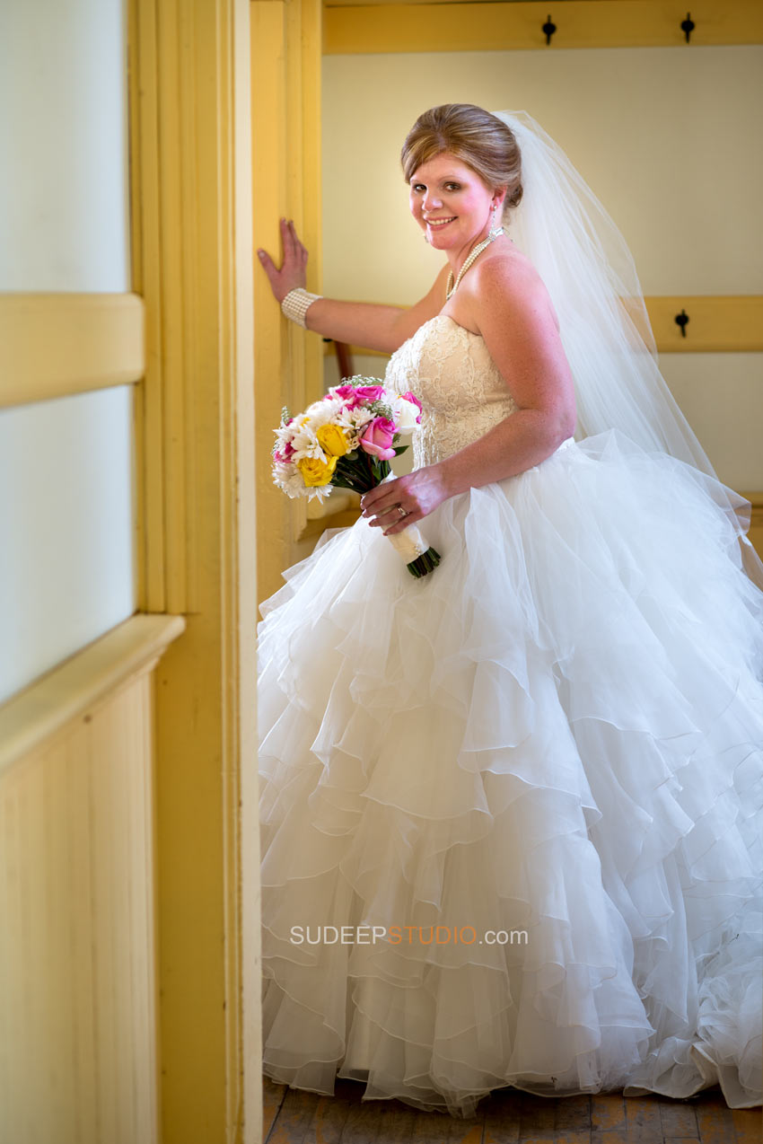 Troy Historic Village Rustic Wedding Photography - Ann Arbor Photographer Sudeep Studio.com