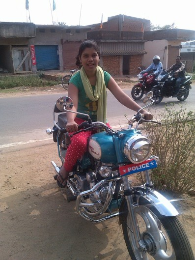 Indiagirlsonbike - Women Empowerment Of India Indian Lady -5688