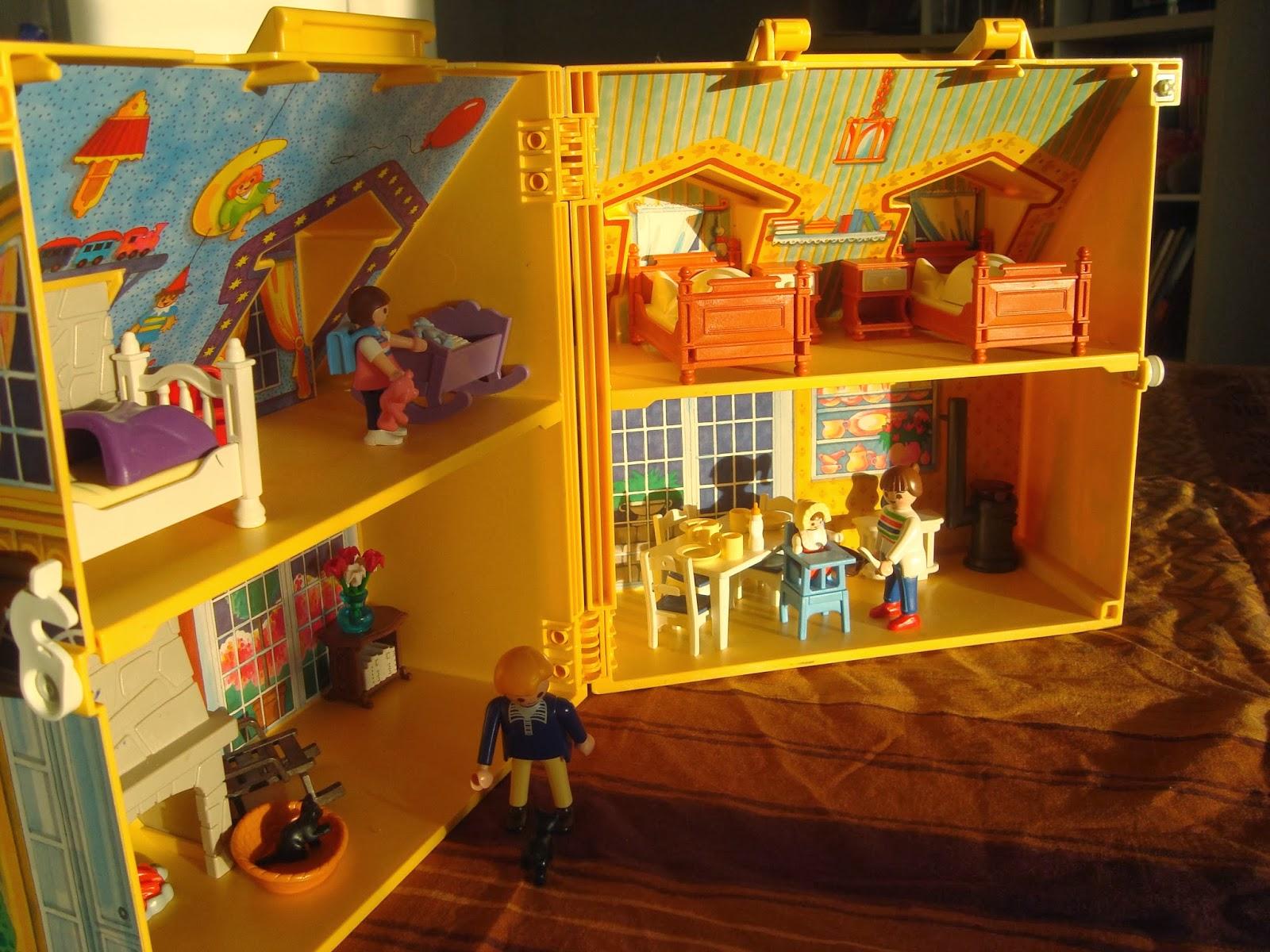 Dioramas playmobil playmobil ref 4145 diorama maison Maison transportable