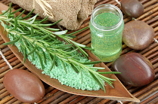 herbal homemade hair treatment with Rosemary Mint for normal hair