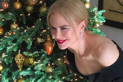 7/14 Los mejores árboles de navidad de celebridades de 2018.