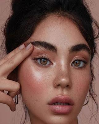 Maquillaje de UNIVERSIDAD fácil que esta de moda