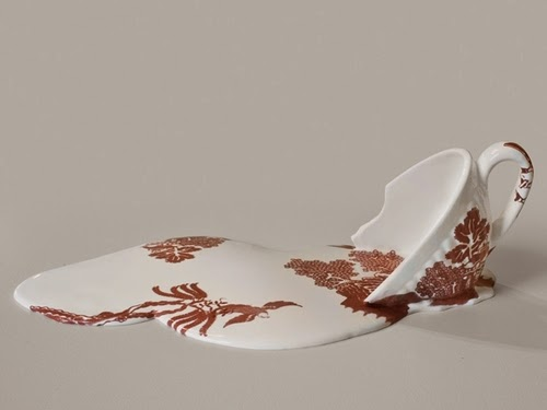 01-Melting-Ceramics-Resin-Plaster-Transfer-Print-Livia-Marin-www-designstack-co