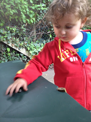 Day 158 of The 366 Project, Ben, pet snail, toddler