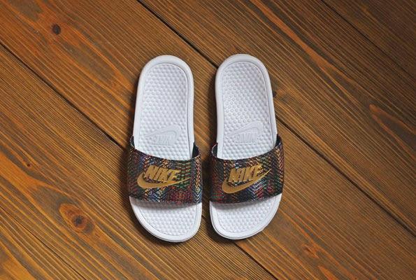 d5b3c6c152f4 G-SHOCK BLOG  Nike Black Metallic-Gold Sliders