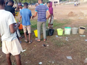 Photos) Unilorin Students Staying At School Hostel Queue For Water