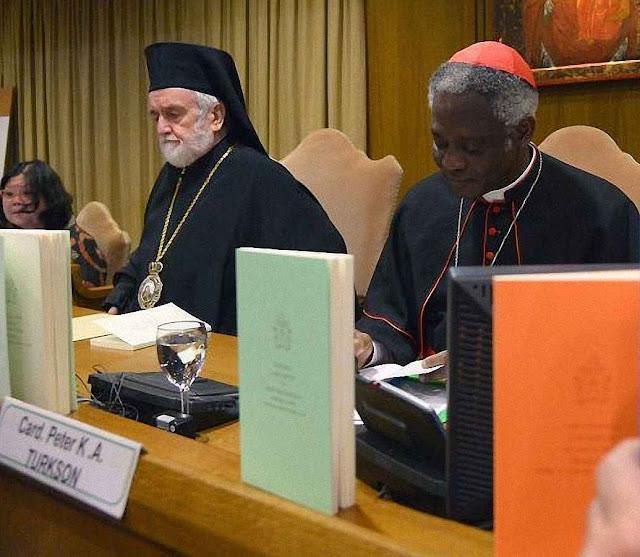"""Americanos não acreditaram na encíclica verde """"Laudato Si"""". Lançamento da encíclica no Vaticano."""