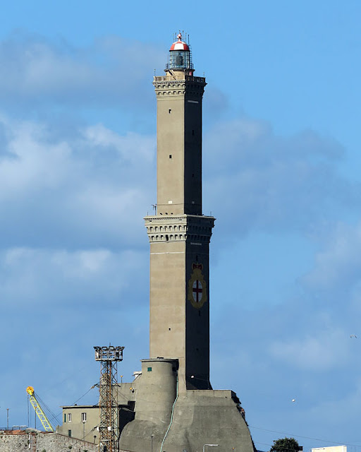 Lanterna, lighthouse, Rampa della Lanterna, port of Genoa