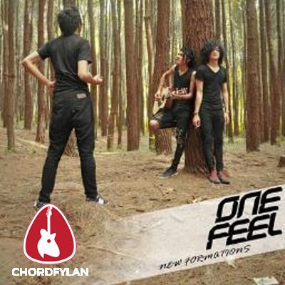 Lirik dan Chord Kunci Gitar Sunyi Tetap Berdiri - One Feel
