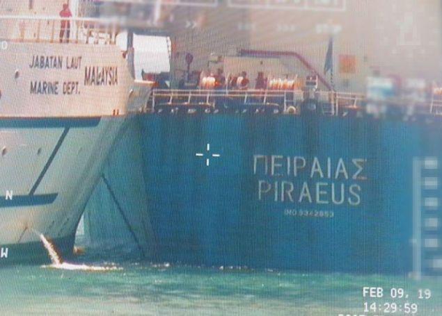 Σύγκρουση Ελληνικού φορτηγού πλοίου στη Σιγκαπούρη