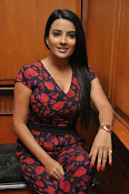 Jyothi Seth New sizzling photo shoot-thumbnail-9
