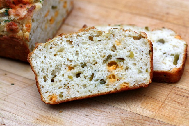Recipes For Divine Living: Cheddar & Green Chile Bread