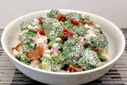 Easy Broccoli Salad with Bacon - Keto and Low Carb #vegan #recipevegetarian