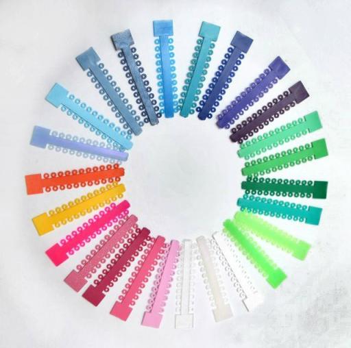 Jaki kolor gumek do aparatu ortodontycznego wybrać?