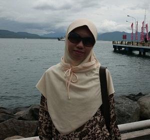 Trisnani PNS Jawa Timur Cari Suami Siap Nikah
