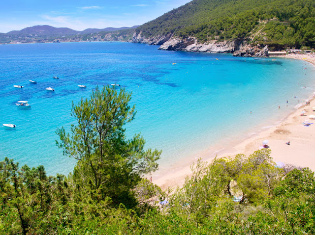 Ibiza Hiszpania, Honeymoon, Miesiąc miodowy, Pakowanie do wyjazdu, Planowanie miesiąca miodowego, Planowanie ślubu, Podróże poślubne, Pomysły na Miesiąc miodowy, ślubne pomysły na wyjazd