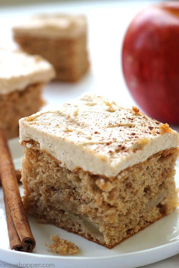 3 Ingredient Apple Cake from Cincy Shopper