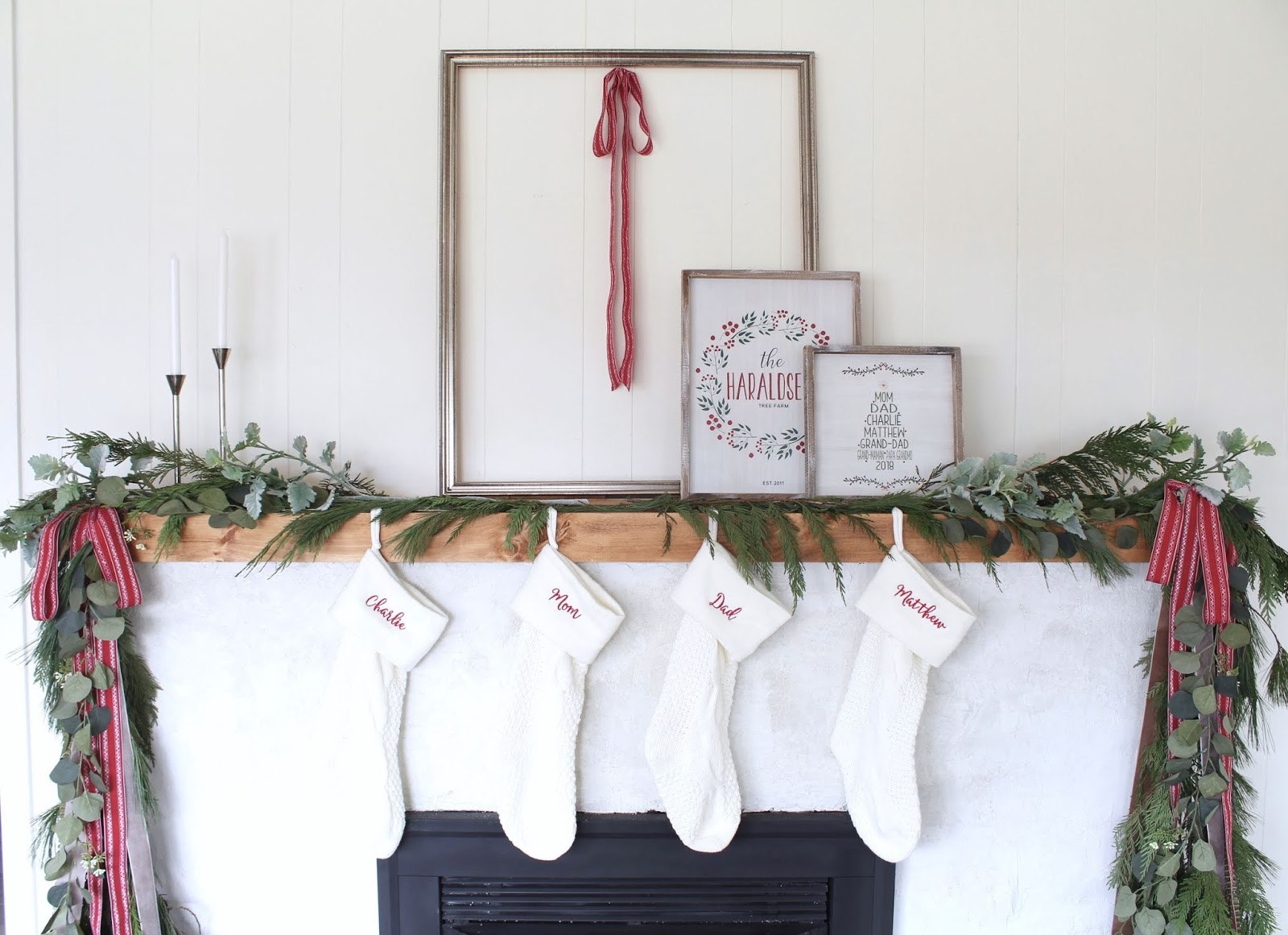 Modern-Holiday-Mantel-ideas-harlow-and-thistle-9