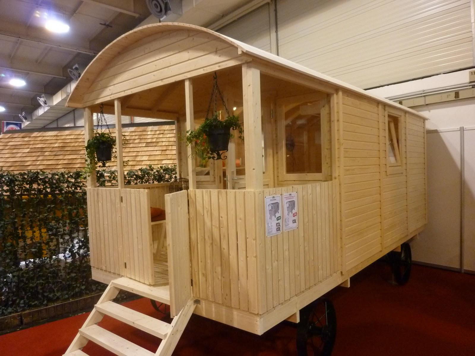 meiselbach mobilheime im zirkuswagen wohnen wo andere damit reisen. Black Bedroom Furniture Sets. Home Design Ideas