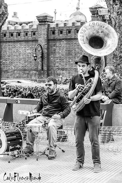 Músicos de jazz en Recoleta.B&N