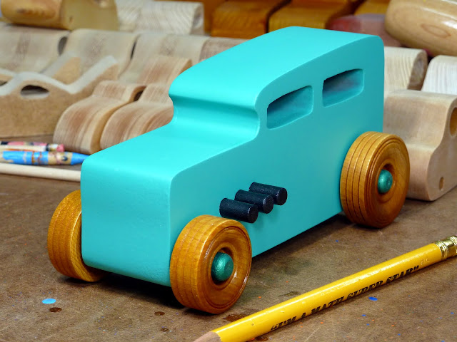 20170522-142105 Wooden Toy Car - Hot Rod Freaky Ford - 32 Sedan - MDF - Green - Amber Shellac