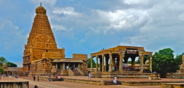 Brihadeeswarar Temple, Thanjavur  IMAGES, GIF, ANIMATED GIF, WALLPAPER, STICKER FOR WHATSAPP & FACEBOOK