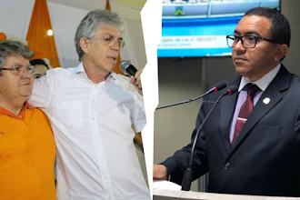 """""""Eleição foi fraudada e oposição precisa questionar resultado na justiça"""", afirma o vereador Alexandre"""