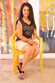 Actress Nikita Bisht Vajralukavaala Nayana Movie Opening 0091