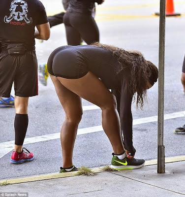 williams ass Serena big