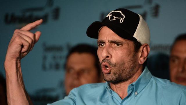 Solicitan prohibir salir de Venezuela a Capriles por corrupción 