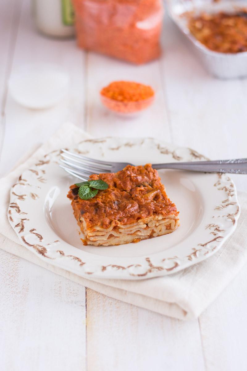 Pasta al forno con ragù di lenticchie e besciamella senza latte vaccino|ricetta vegana