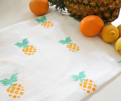 http://kailochic.blogspot.com/2015/06/craft-it-summery-pineapple-kitchen.html