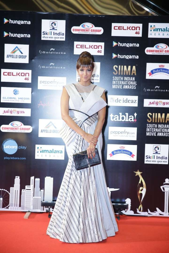 Telugu actress Lakshmi Manchu put her best fashion foot forward at SIIMA