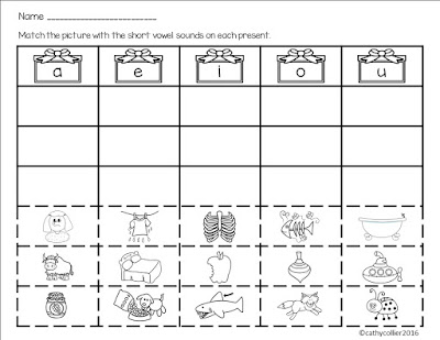 Vowel match holiday sheet.
