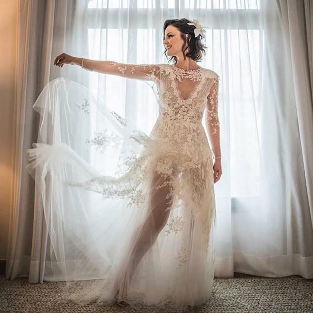 vestido de noiva com transparência estilistas carol nasser