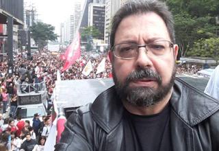 http://www.folhapolitica.org/2017/03/blogueiro-diz-que-e-inimigo-capital-de.html