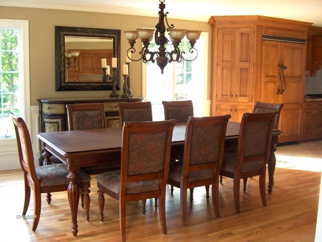 Five Ways to Revitalize Your Dining Room on A Budget