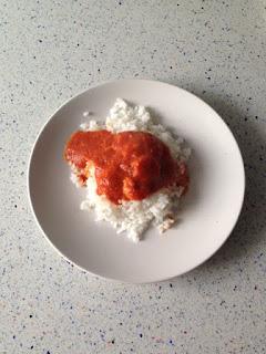 Presentación arroz con salsa de langostinos