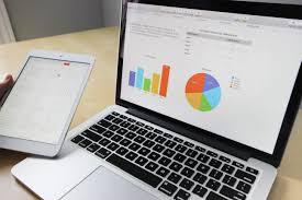 Terdapat mata kuliah bisnis yang terkait dengan sistem informasi