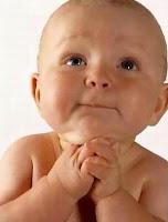 bebe orando,bebe,bebito,niño,baby,child,children,kids,orar,oracion,orando,pedido,clamor,rezar,rezando,rezo,clamor,clamando