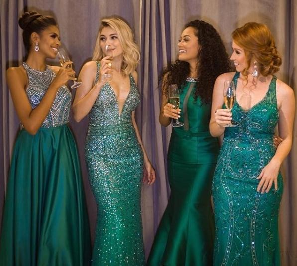 vestido de festa verde longo brilho formatura