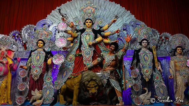 Durga Puja 2018 Santosh Mitra Square Durga Idol