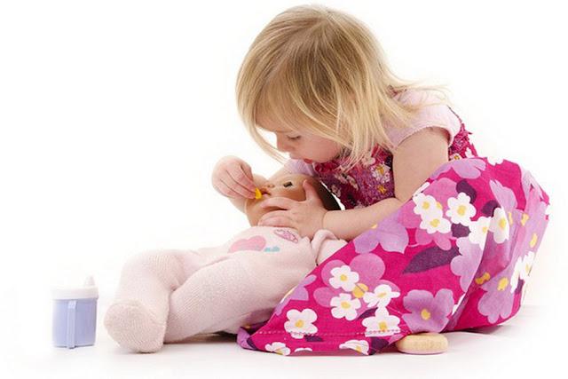 Chọn đồ chơi cho bé gái 2 tuổi