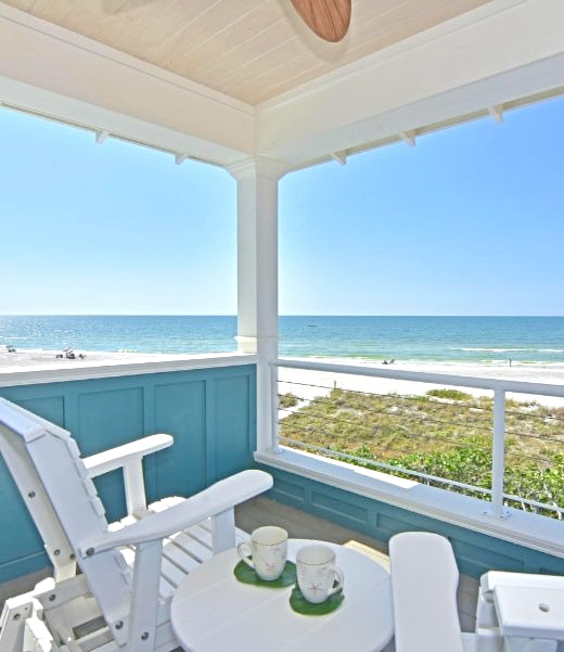 Coastal Porch Paint Ideas in Blue