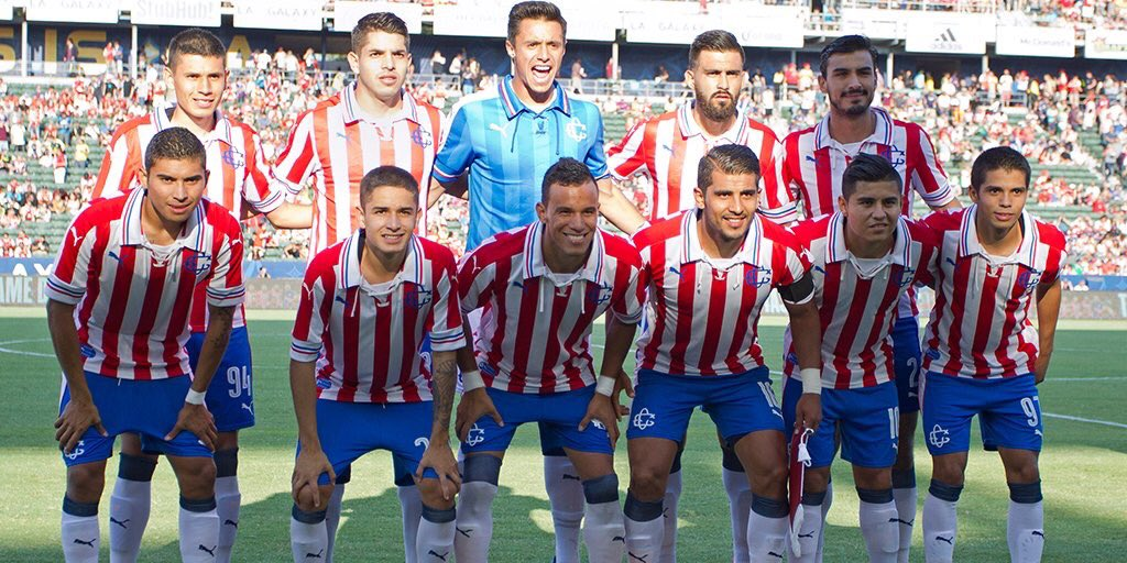 chivas-special-110-years-kit%2B%25284%25