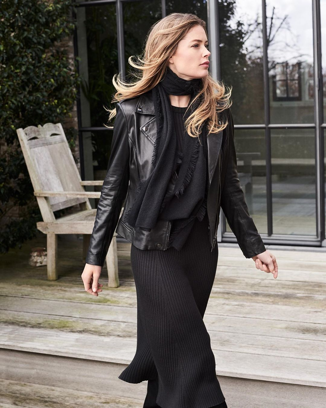 How to Wear a Leather Moto Jacket Like Model Doutzen Kroes