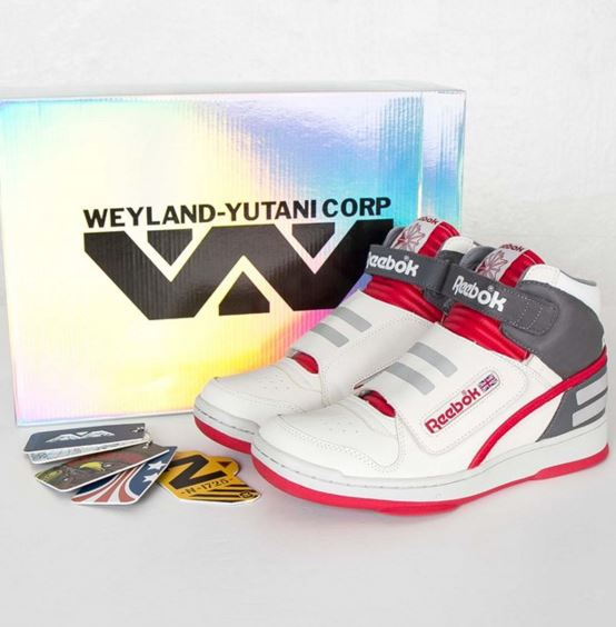 horizonte brillo realce  THE SNEAKER ADDICT: Reebok Alien Stomper Sneaker Available (Images)