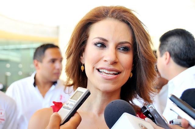 Miles solicitan al Reino Unido negar asilo político a la esposa de Javier Duarte